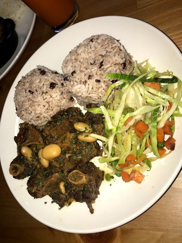 Read Junior\'s Caribbean Cuisine, Greater London Reviews